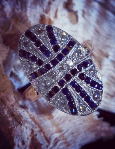bague-or-art deco-saphir-diamant