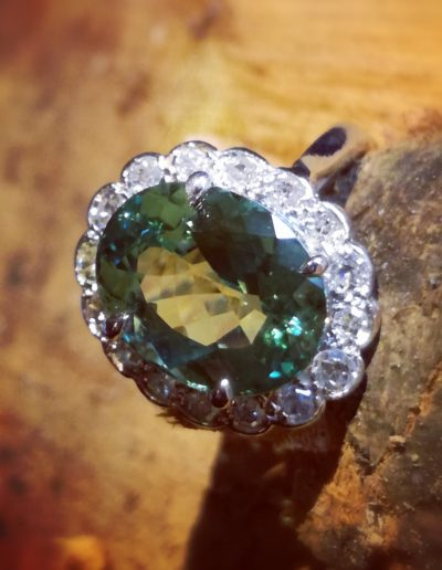 bague-platine-tourmaline green mint-diamants