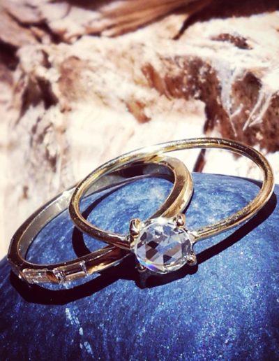 bague fine-or jaune-diamant taille rose-diamant taille baguette