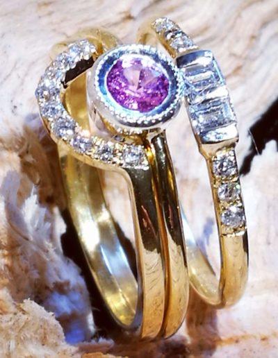 bagues-or jaune-diamants-saphir rose